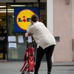 Lidl's New 'Low Cost' Window Cleaner That Cleans Windows Three Times Faster