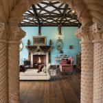 The Househunter: An Actual Castle